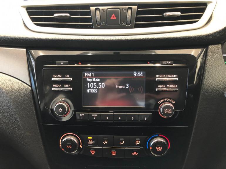 2016 Nissan QASHQAI J11 ST Suv Image 8