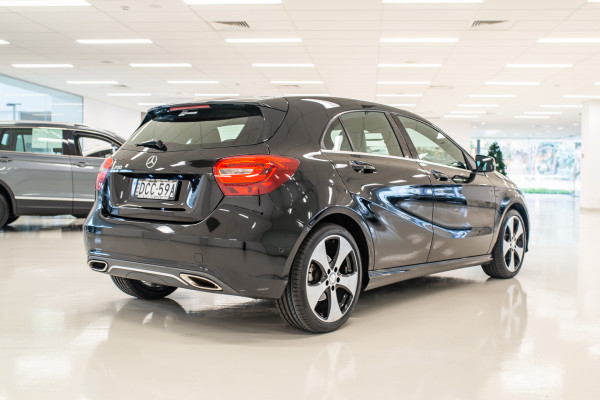 2015 MY06 Mercedes-Benz A-class W176  A200 Hatchback