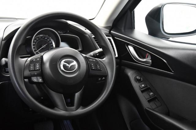 2014 Mazda 3 BM5478 Neo Hatch Image 9