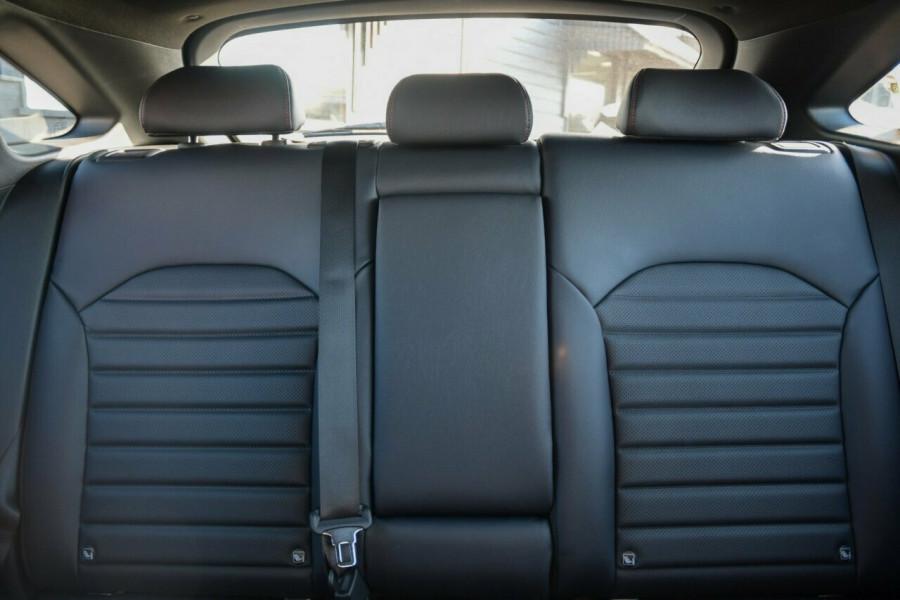 2021 MY22 Kia Cerato BD MY22 GT DCT Hatchback Image 14