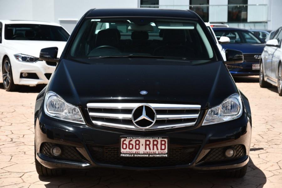 2011 Mercedes-Benz C-class W204 MY11 C200 BlueEFFICIENCY Sedan