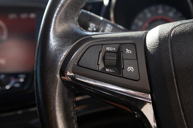 2013 Holden Commodore VF MY14 SV6 Sedan Image 13