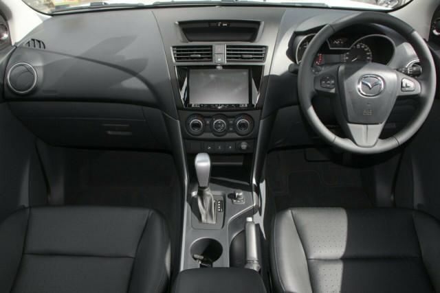 2020 MY19 Mazda BT-50 UR 4x4 3.2L Dual Cab Pickup Boss Cab chassis Image 4