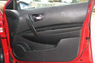 2012 Nissan Dualis J10W Series 3 MY12 ST Hatch X-tronic 2WD Hatchback