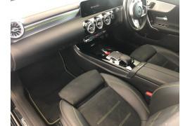 2018 Mercedes-Benz A-class W177 A200 Hatchback Image 5
