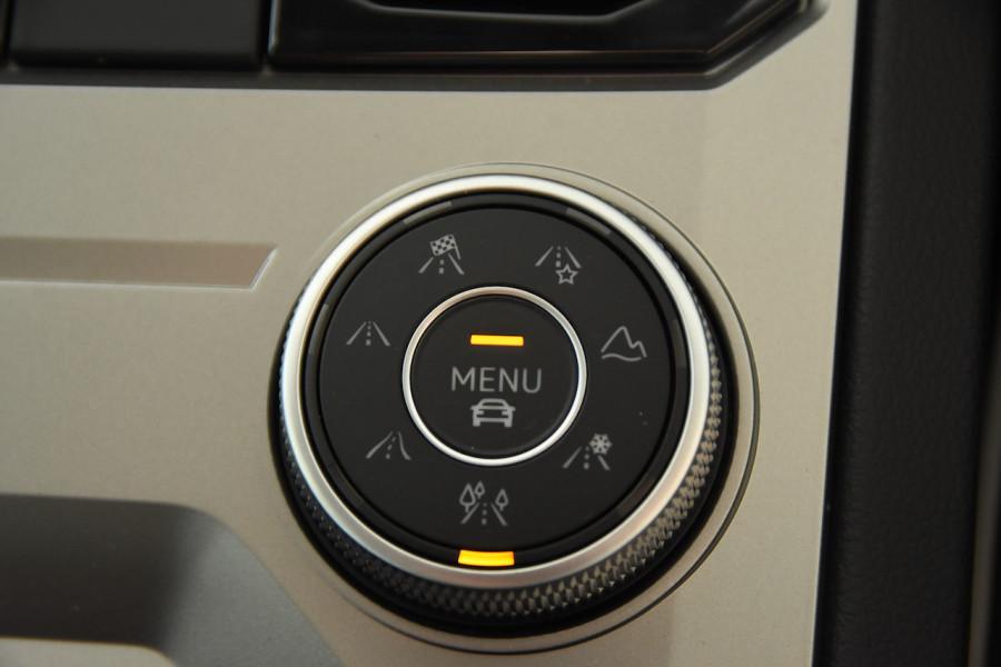 2020 Volkswagen Touareg CR 190TDI Premium Suv Image 19