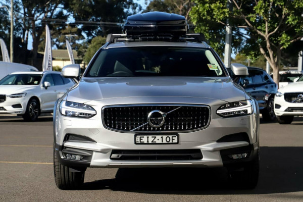 2020 Volvo V90 Cross Country P Series D5 Wagon Image 4