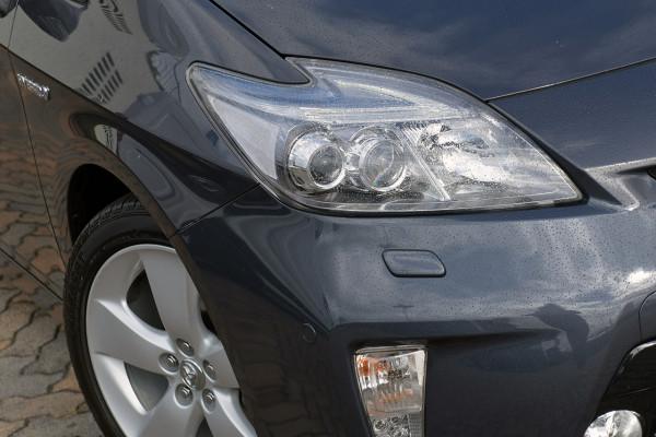 2012 Toyota Prius ZVW30R i-Tech Hatch Image 2