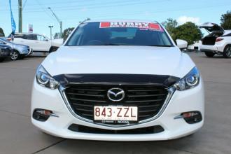 2018 Mazda 3 BN5238 SP25 SKYACTIV-Drive Sedan Image 3