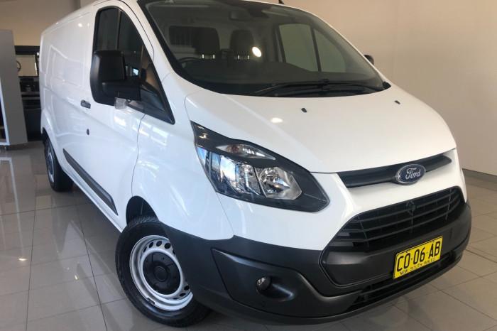 2016 Ford Transit Custom VN 330L Van Image 1