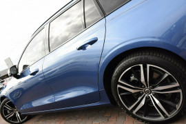 2019 MY20 Volvo V60 Z Series MY20 T5 Geartronic AWD R-Design Wagon