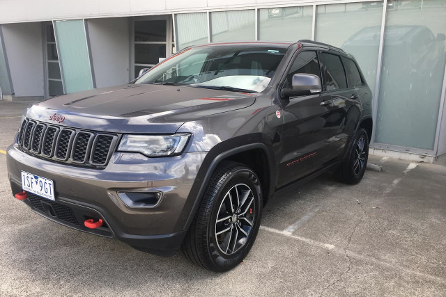 2018 Jeep Grand Cherokee Trailhawk 4 of 28