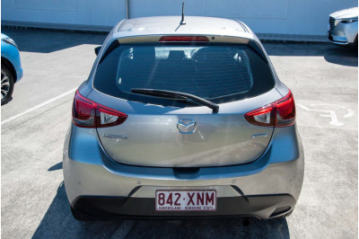 2017 Mazda 2 DJ Series Neo Hatchback Image 4