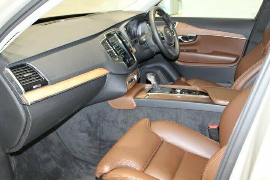 2017 MY18 Volvo XC90 L Series  T6 T6 - Inscription Suv Mobile Image 5