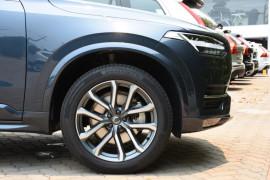 2019 Volvo XC90 L Series D5 Momentum Suv Image 5
