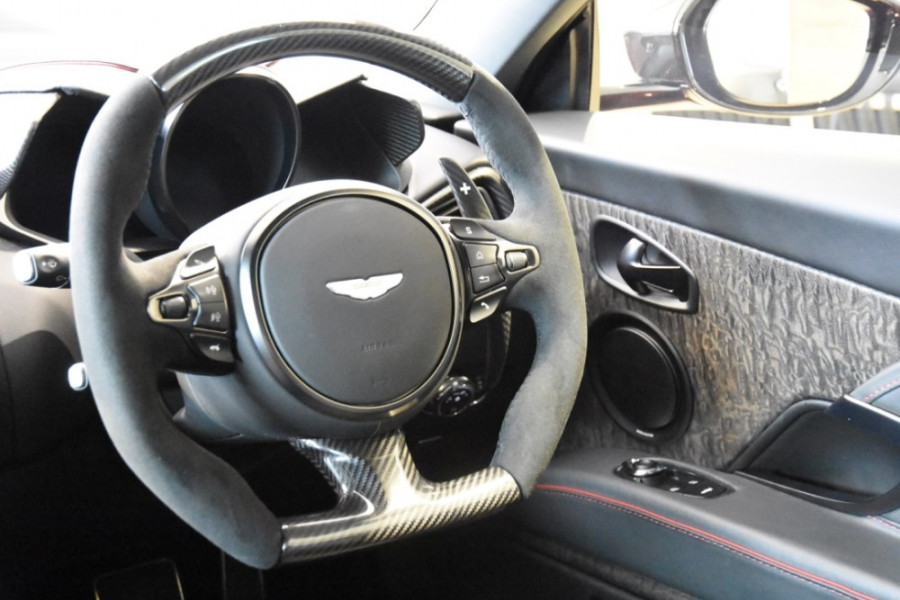 2019 Aston martin Dbs MY19 Superleggera Coupe Image 9