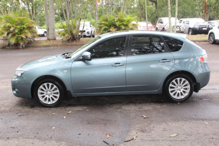 2011 Subaru Impreza G3  R Special Ed Hatchback Image 5