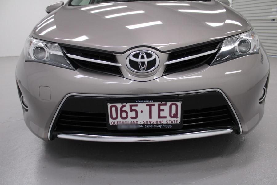 2013 Toyota Corolla ZRE182R Ascent Hatchback Image 6