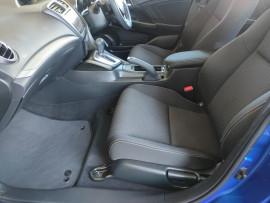 2015 Honda Civic 9th Gen Series II VTi-S Hatchback image 28
