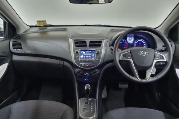 2019 Hyundai Accent RB6 Sport Sedan Hatchback Image 4