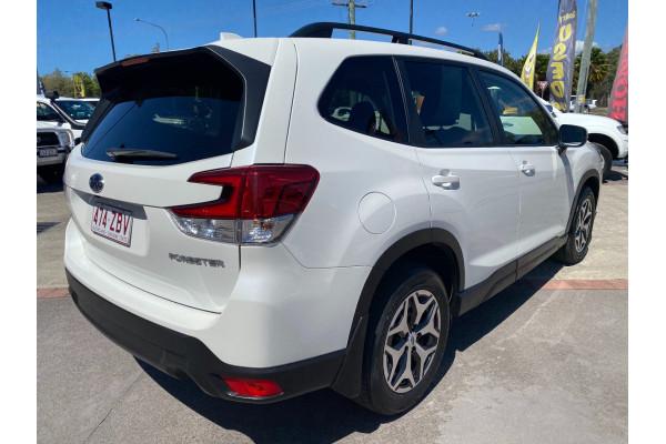 2019 Subaru Forester S5  2.5i Suv Image 5