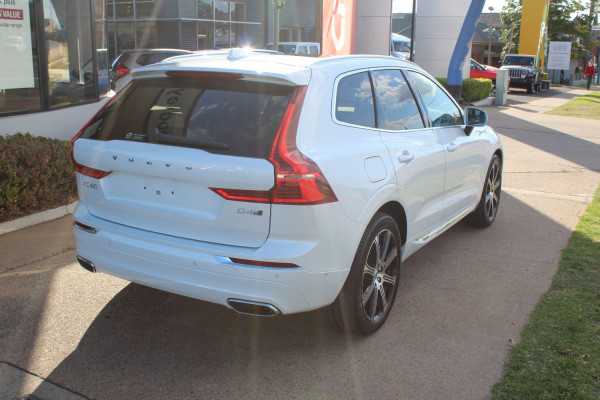 2020 Volvo XC60 UZ D4 Inscription Suv Image 5