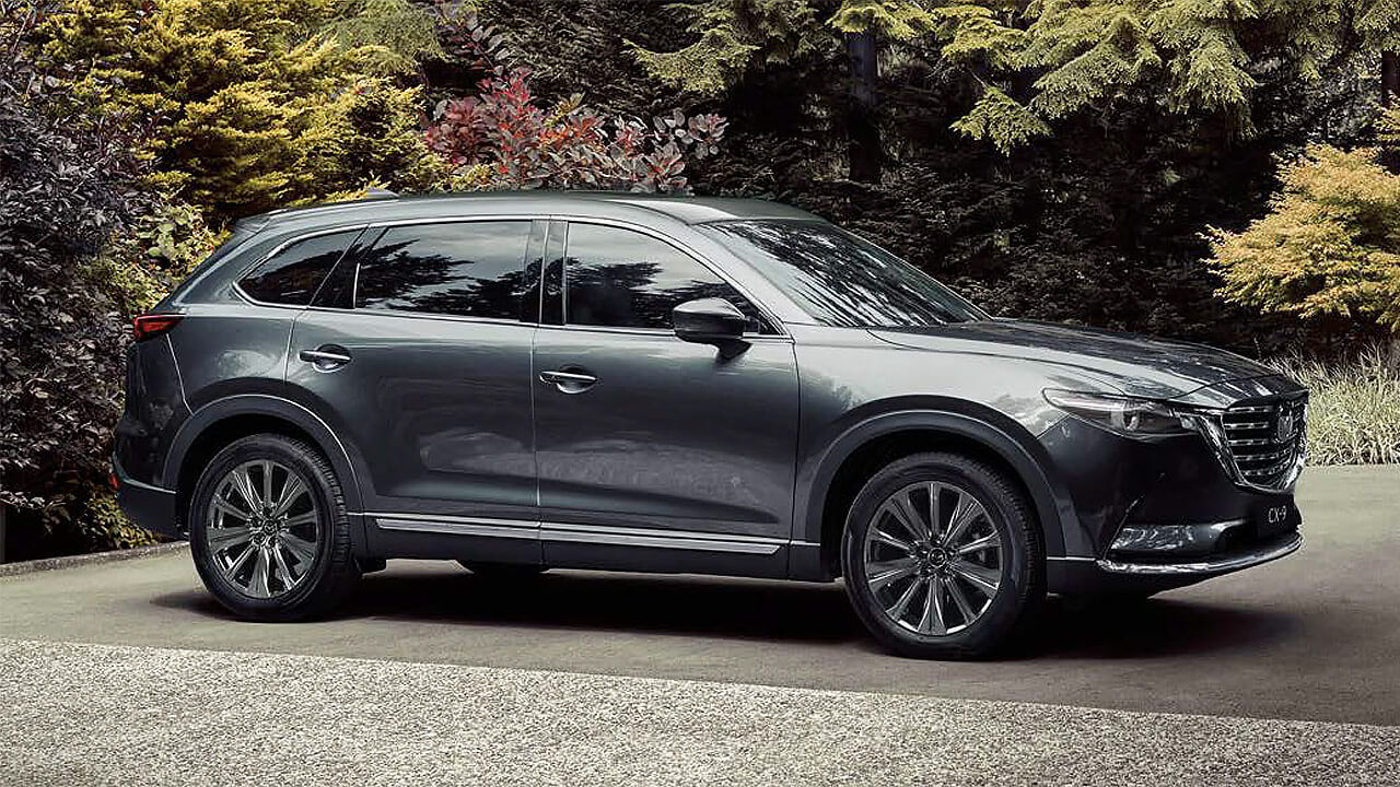 CX-9 FAMILY LUXURY EVOLVED