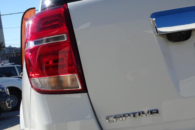 2016 Holden Captiva LTZ 10 of 33