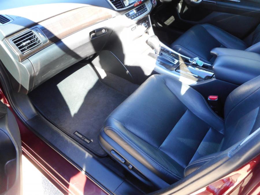 2015 Honda Accord 9th Gen  V6L Sedan Image 12