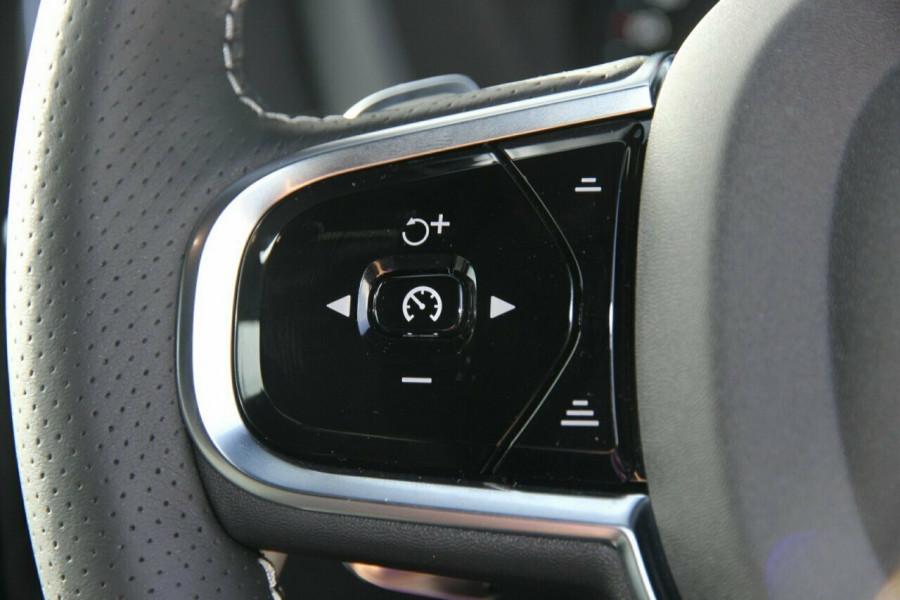 2018 Volvo XC60 UZ T6 R-Design (AWD) Suv Mobile Image 12