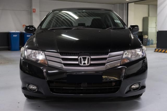 2010 Honda City GM  VTi-L Sedan Image 4