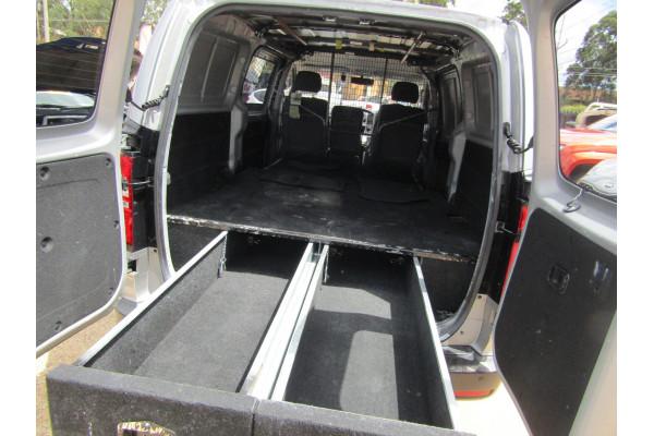 2014 Hyundai iLoad TQ2-V Van Van Image 4