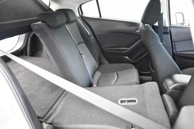 2014 Mazda 3 BM5478 Neo Hatch Image 20