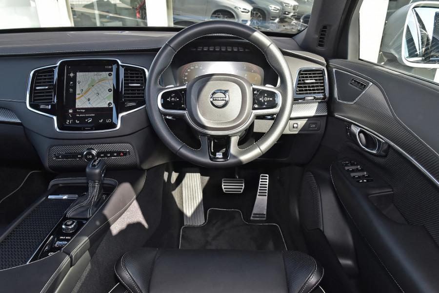 2018 MY19 Volvo XC90 L Series D5 R-Design Suv Mobile Image 3
