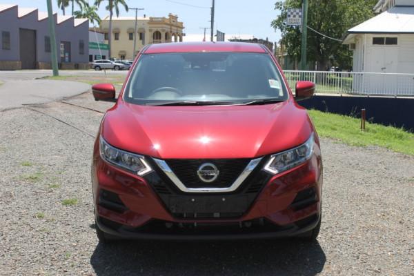 Nissan QASHQAI ST Plus J11 Series 2