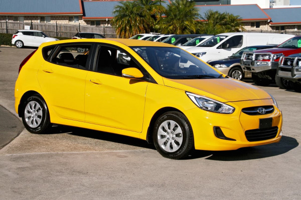 2016 Hyundai Accent RB4 MY16 Active Hatchback Image 3