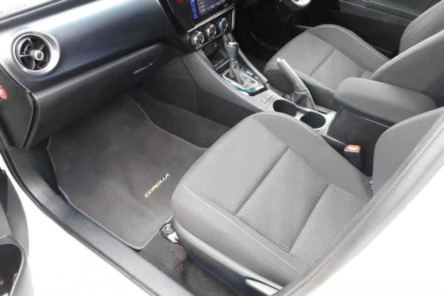 2018 Toyota Corolla ZRE182R Ascent Sport Hatchback Image 12