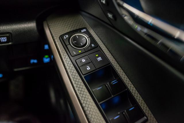 2016 Lexus Is GSE31R 350 F Sport Sedan Image 34