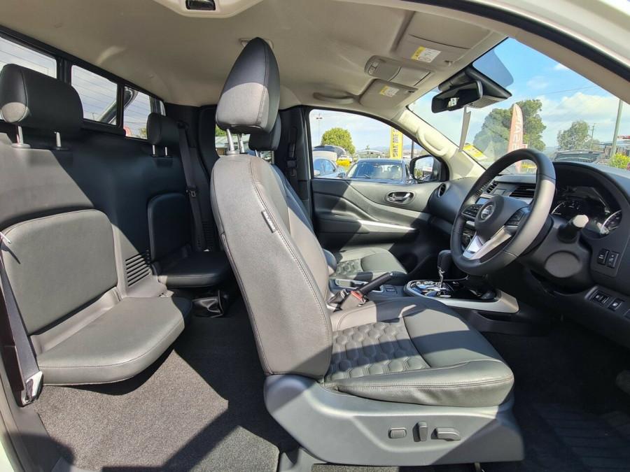2021 Nissan Navara D23 King Cab ST-X Pick Up 4x4 Utility Image 9