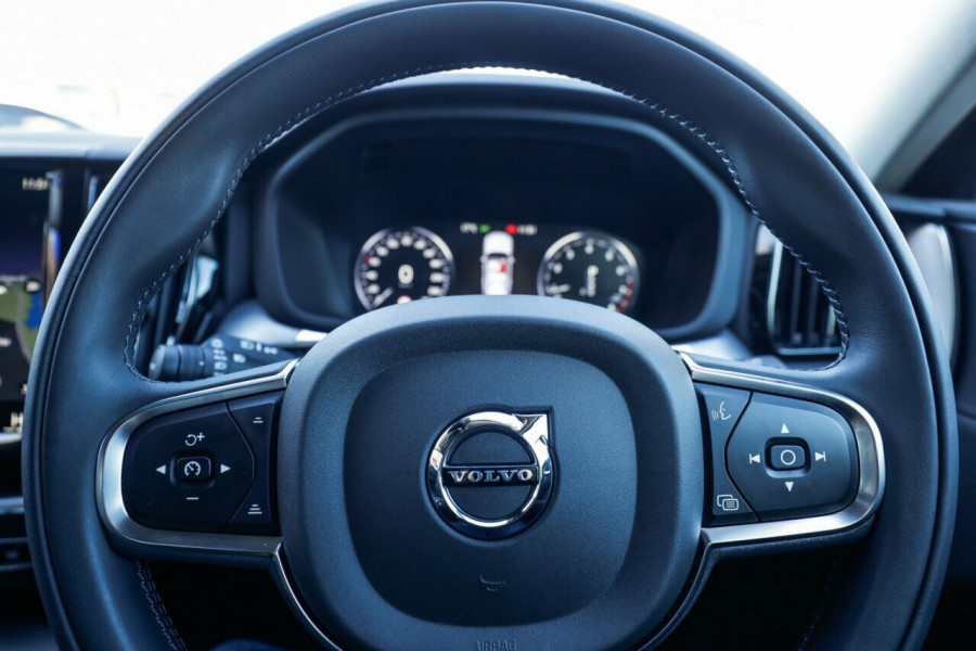 2020 Volvo XC60 UZ T5 Momentum Suv Image 25
