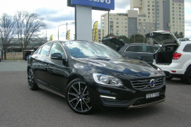 Volvo S60 T4 - Kinetic F Series  T4