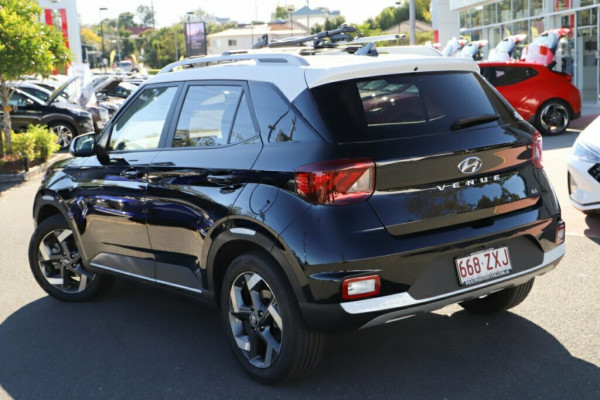 2020 Hyundai Venue QX Elite Wagon Image 2