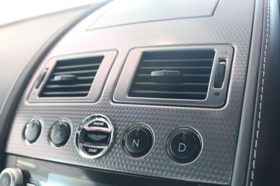 2010 Aston martin V8 MY10 Vantage Coupe Image 14