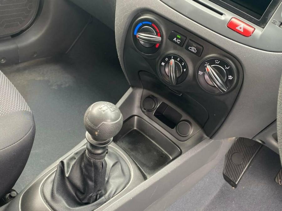 2011 Kia Rio JB MY11 S Hatchback Image 16