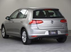 2015 Volkswagen Golf 7 90TSI Hatchback Image 3