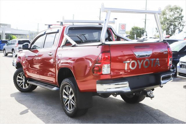 2016 Toyota HiLux GUN126R SR5 Utility Image 2