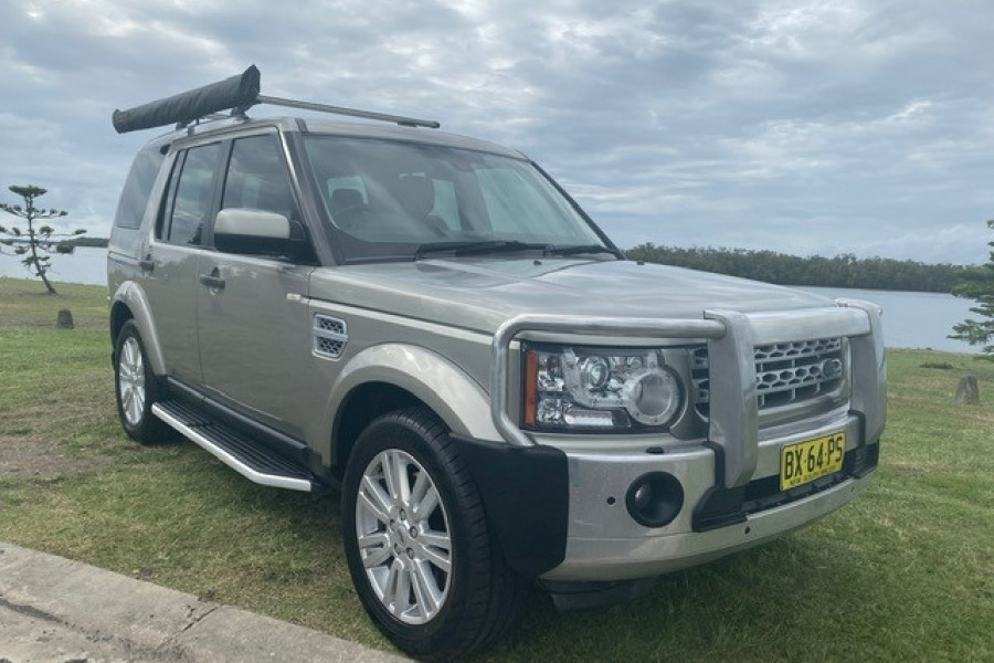 2011 Land Rover Discovery 4 Vehicle Description.  4 MY11 SDV6 HSE WAG CMND 6SP 3.0DTT SDV6 Wagon