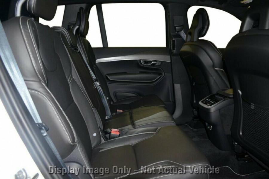2018 MY19 Volvo XC90 L Series T6 R-Design Suv Mobile Image 7