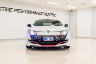 2010 Renault Megane III D95 R.S. 250 Cup Trophe Coupe Image 2