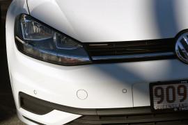 2018 Volkswagen Golf 7.5 110TSI Trendline Hatchback Image 3